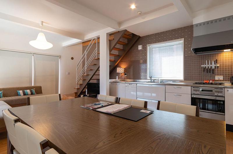 Snow Fox Modular Kitchen | Lower Hirafu
