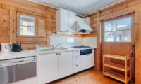 Tanoshii Chalet Kitchen with Utensils | East Hirafu