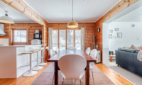 Tanoshii Chalet Kitchen and Dining Area | East Hirafu