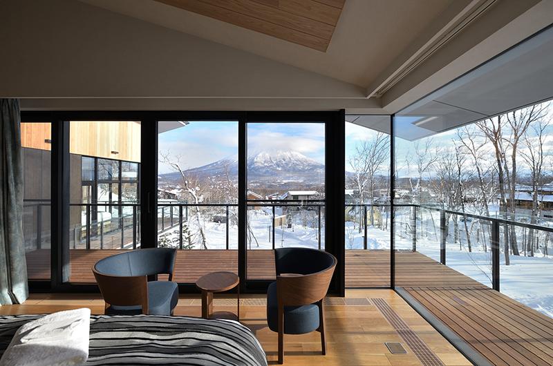 Tsudoi Bedroom with Mountain View | East Hirafu