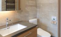 Hachi Bathroom | Upper Wadano