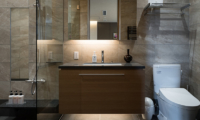 Hachi Bathroom with Mirror | Upper Wadano