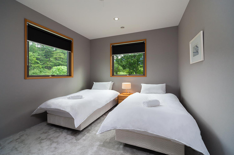 Wagaya Chalet Twin Bedroom | Happo Village