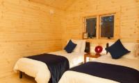 Villa Antelope Hakuba Twin Bedroom with Wooden Floor | Echoland