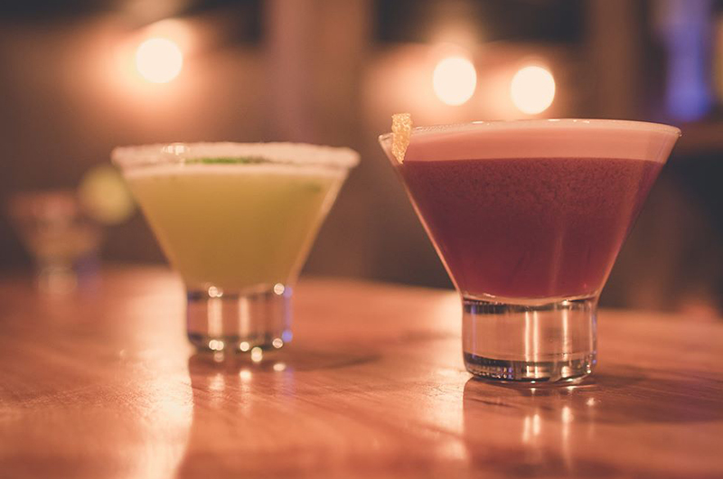 niseko-restaurants-brick-bar-01