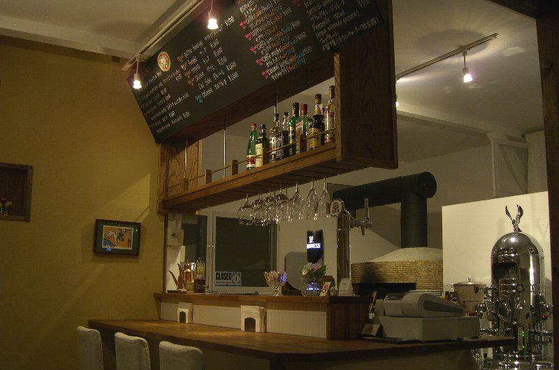 niseko-restaurants-pizza-del-sole-05